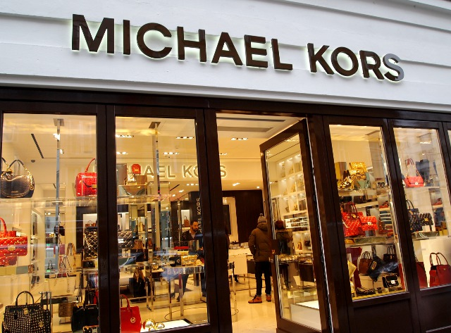 michael kors opening in berlin les attitudes fashion lifestyle und beauty blog. Black Bedroom Furniture Sets. Home Design Ideas