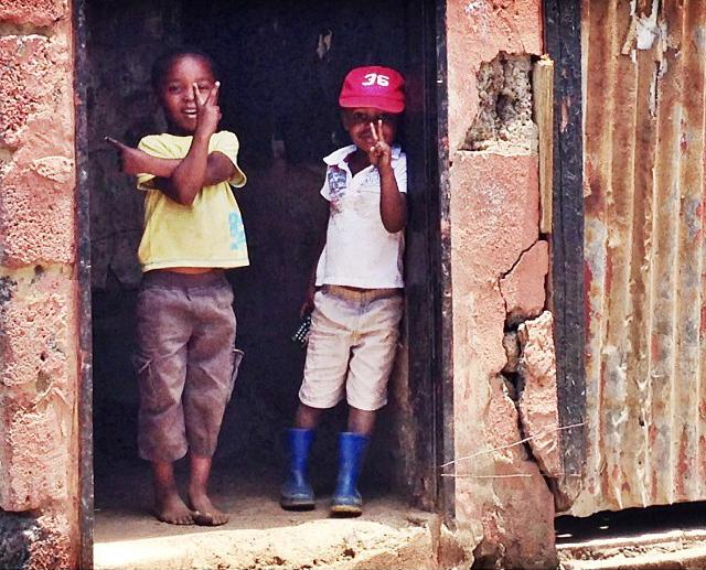 soweto les attitudes