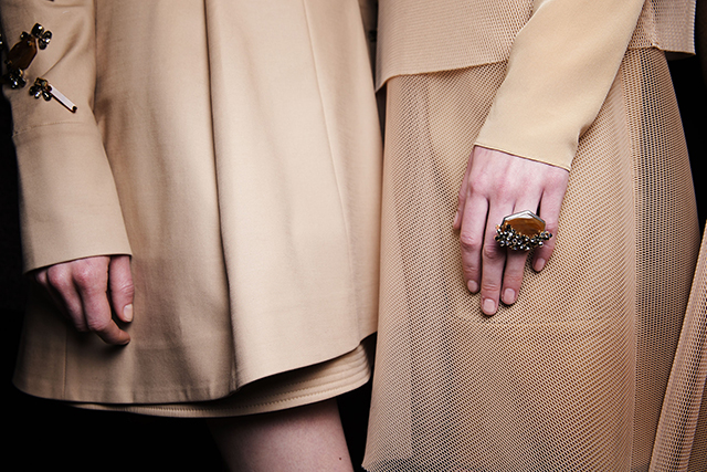 DOROTHEE SCHUMACHER_FallWinter2015_Backstage_26
