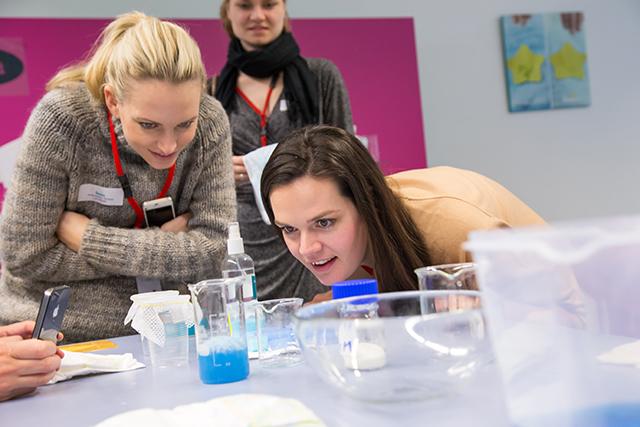 Pampers Event_P&G_Schwalbach_Demo Lab_Camilla u. Anne